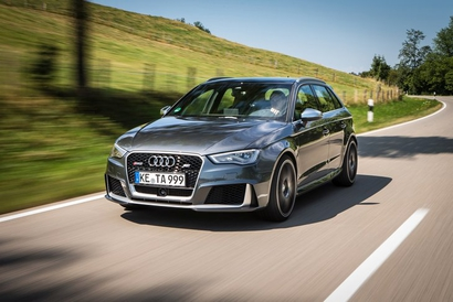Audi RS3 2015 : Direction l'espace !